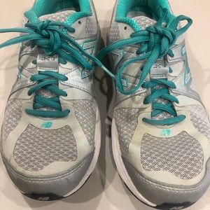 New Balance Athletic Shoe Women 8 1/2